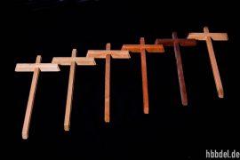 Holzkreuz ohne Körper natur